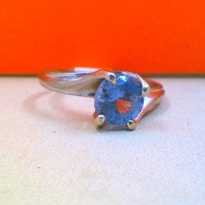 10K White Gold Blue stone Pinky Ring